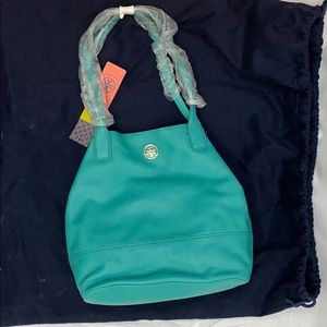 NWT Michelle style Leather Tory Burch tote